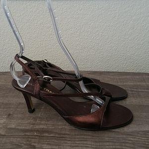 4/10- Ellen Tracy Strappy Heels size 8M